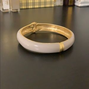 Jewelry - pale lavender and gold bangle